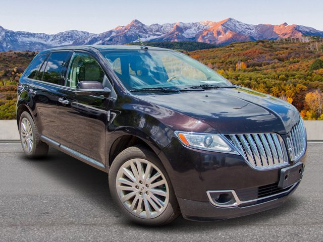 Pre-Owned 2013 Lincoln MKX AWD Base