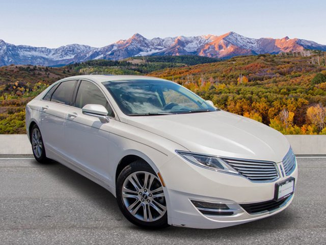 Pre-Owned 2013 Lincoln MKZ FWD