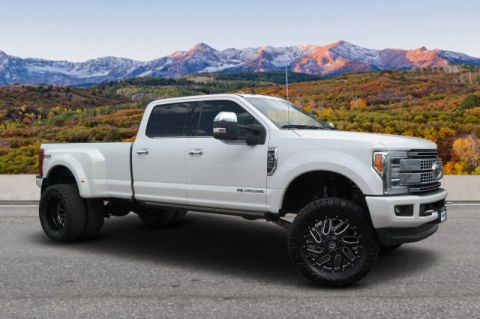 Pre-Owned 2019 Ford Super Duty F-350 DRW Platinum