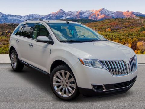 Pre-Owned 2012 Lincoln MKX AWD Base